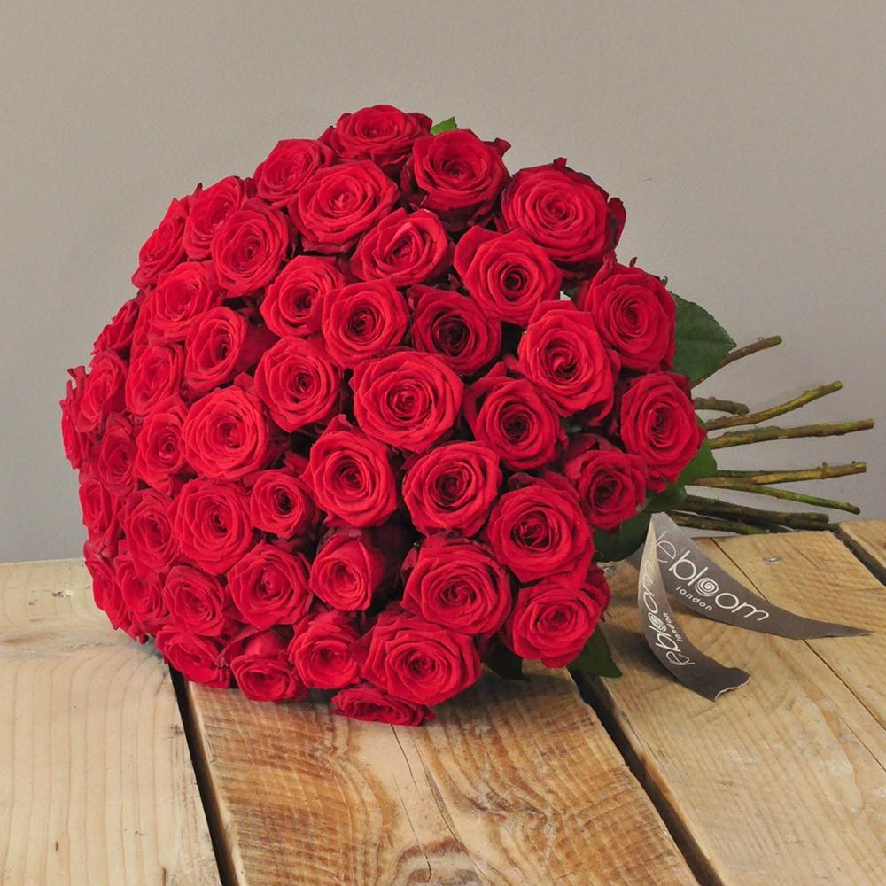 50 Red Naomi Roses