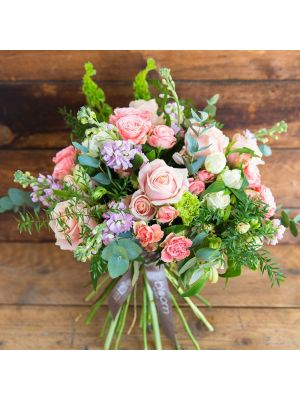 Pink Bouquet of roses, spray roses, stock